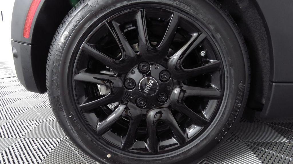 2019 MINI Cooper S Hardtop 2 Door COURTESY VEHICLE  - 18234987 - 32