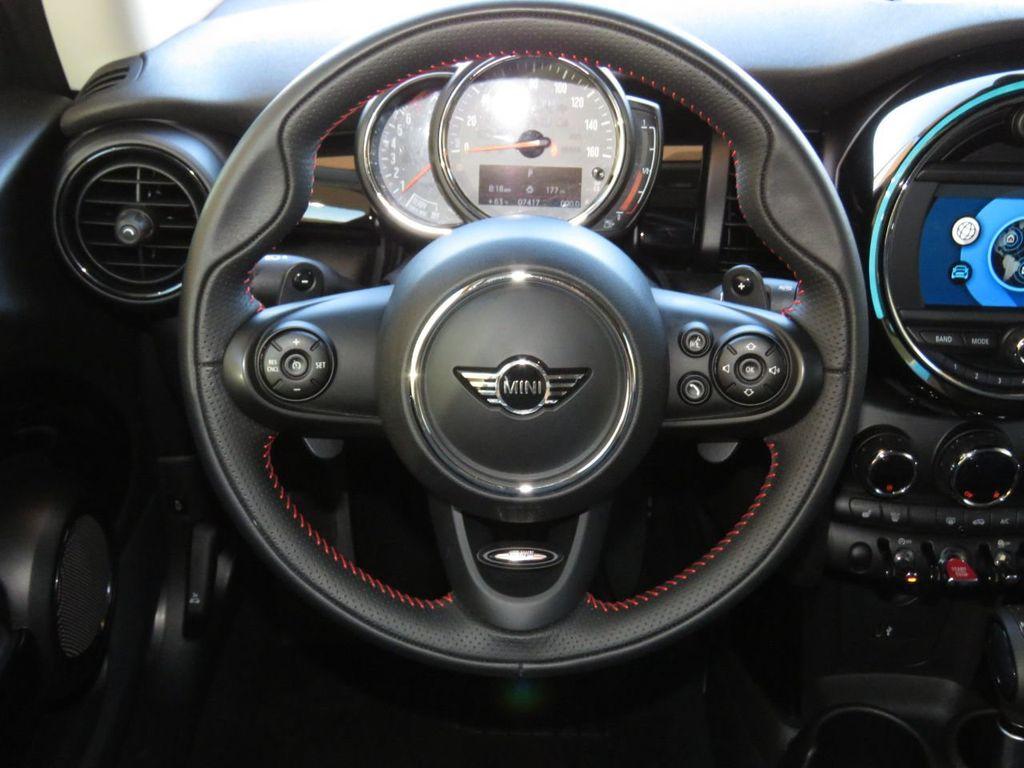 2019 MINI Cooper S Hardtop 2 Door COURTESY VEHICLE  - 18338787 - 10
