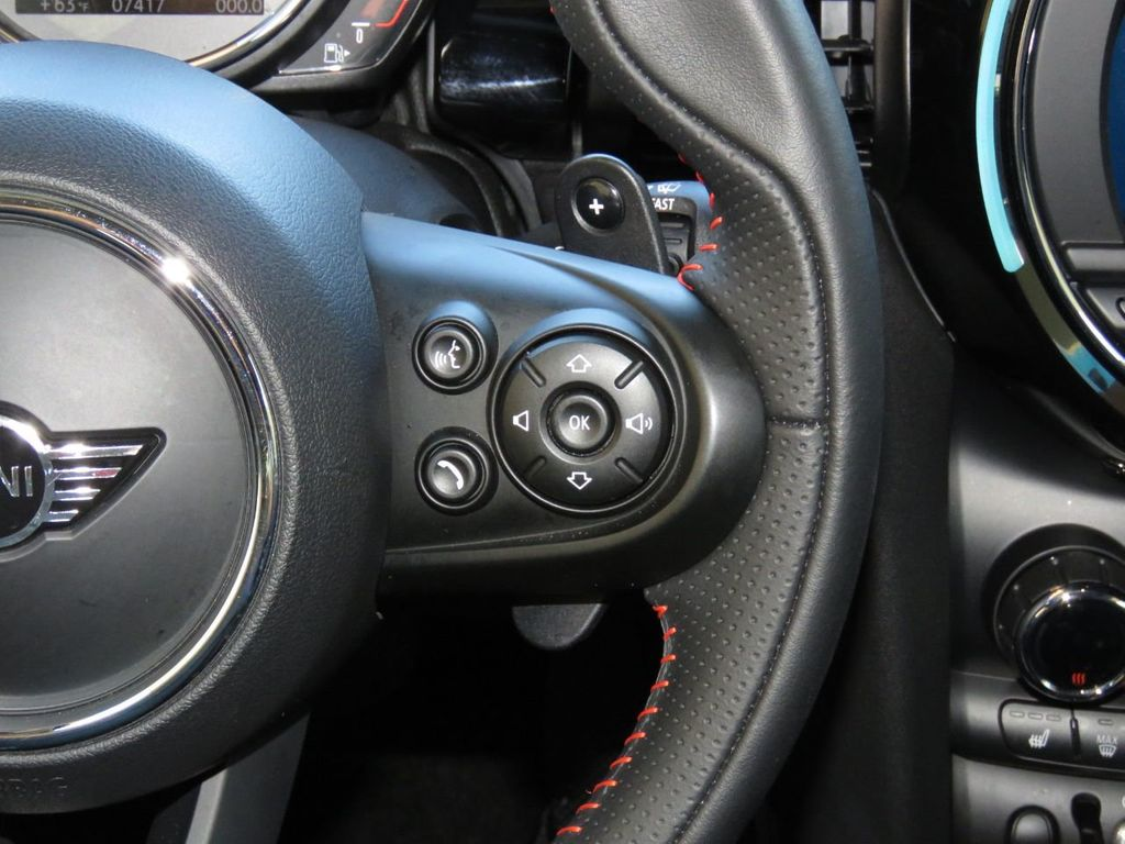 2019 MINI Cooper S Hardtop 2 Door COURTESY VEHICLE  - 18338787 - 12