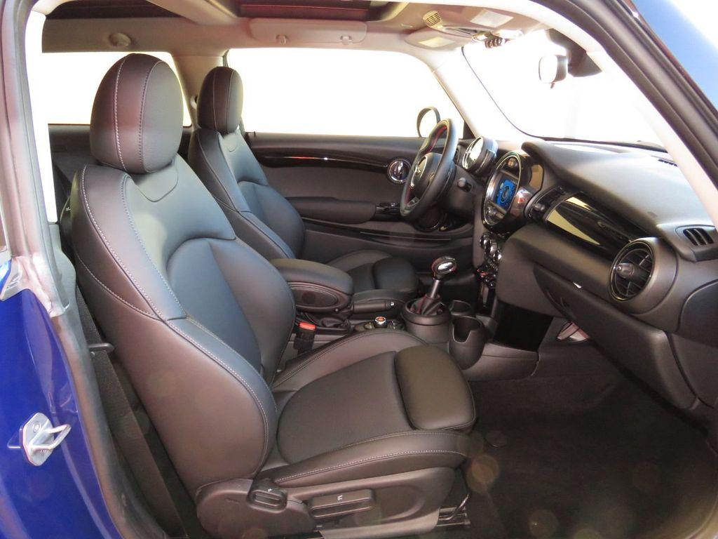 2019 MINI Cooper S Hardtop 2 Door COURTESY VEHICLE  - 18338787 - 19