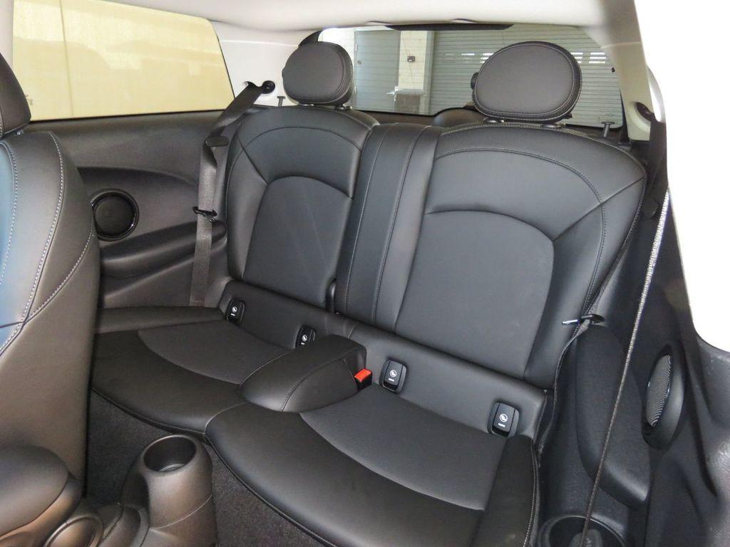 2019 MINI Cooper S Hardtop 2 Door COURTESY VEHICLE  - 18338787 - 20