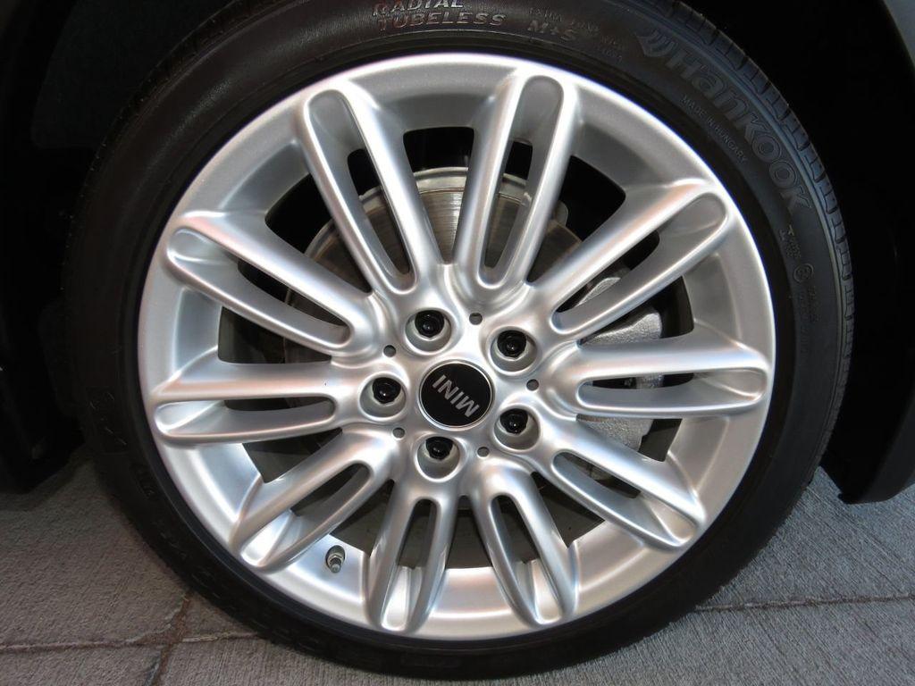 2019 MINI Cooper S Hardtop 2 Door COURTESY VEHICLE  - 18338787 - 26