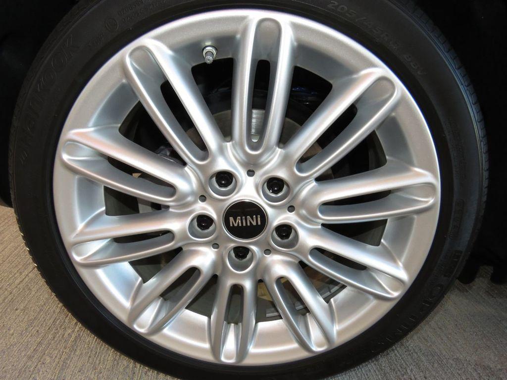 2019 MINI Cooper S Hardtop 2 Door COURTESY VEHICLE  - 18338787 - 27