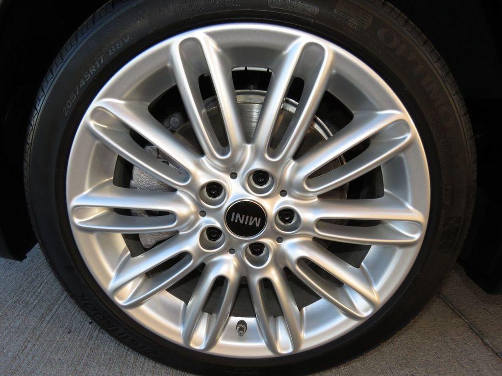 2019 MINI Cooper S Hardtop 2 Door COURTESY VEHICLE  - 18338787 - 29