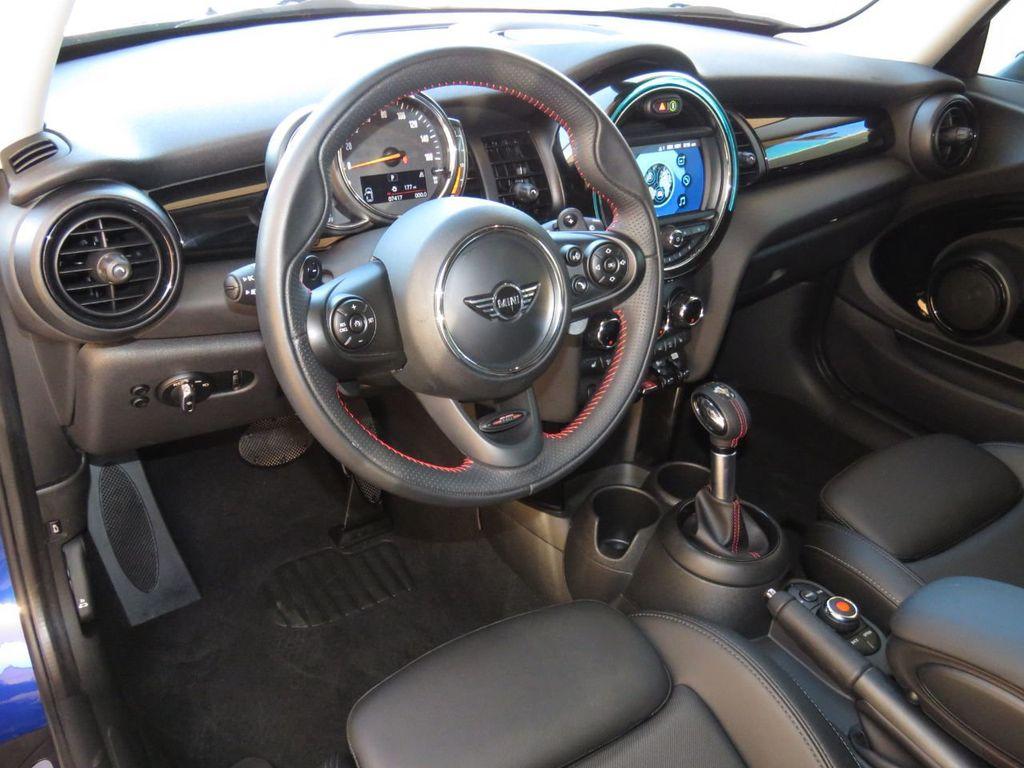 2019 MINI Cooper S Hardtop 2 Door COURTESY VEHICLE  - 18338787 - 8