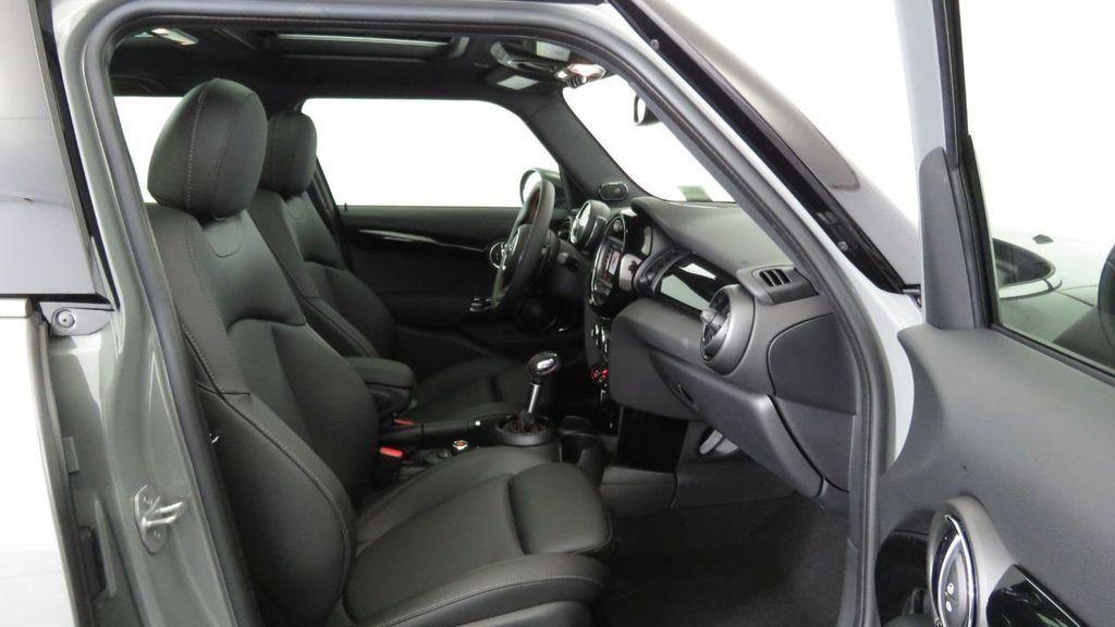 2019 MINI Cooper S Hardtop 4 Door  - 18285875 - 21