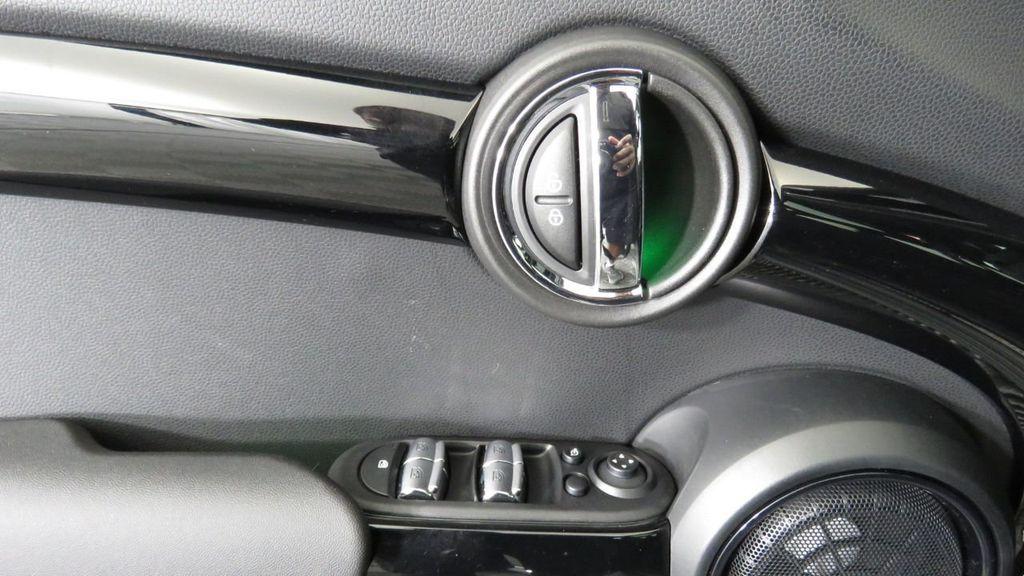 2019 MINI Cooper S Hardtop 4 Door  - 18285875 - 24