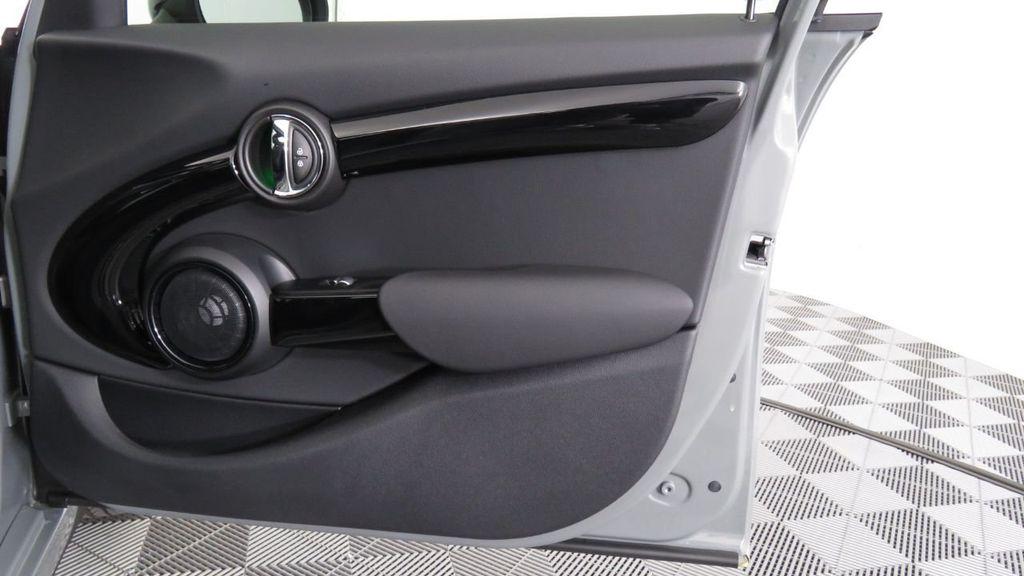 2019 MINI Cooper S Hardtop 4 Door  - 18285875 - 26