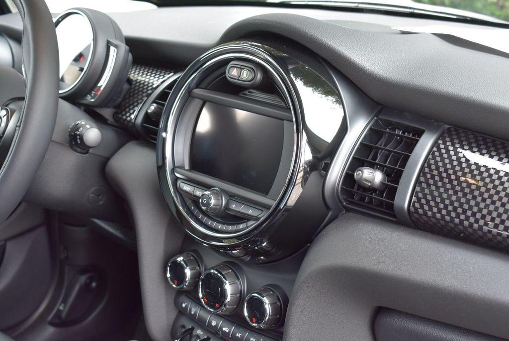 2019 MINI Cooper S Hardtop 4 Door  - 18494993 - 32