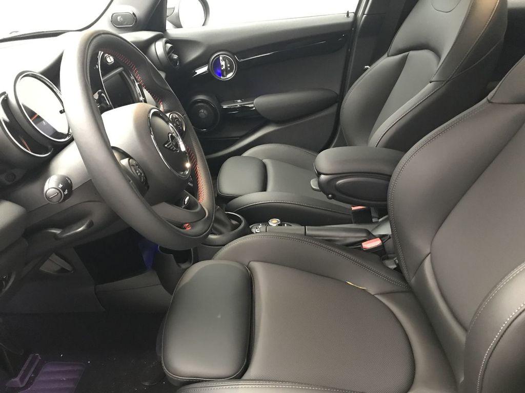 2019 MINI Cooper S Hardtop 4 Door   - 18083829 - 19