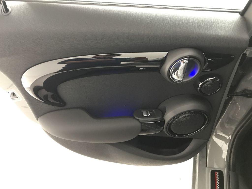 2019 MINI Cooper S Hardtop 4 Door   - 18083829 - 21