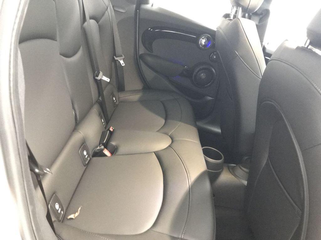 2019 MINI Cooper S Hardtop 4 Door   - 18083829 - 26
