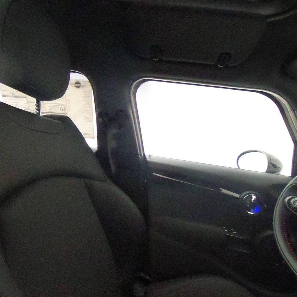 2019 MINI Cooper S Hardtop 4 Door   - 18083829 - 41