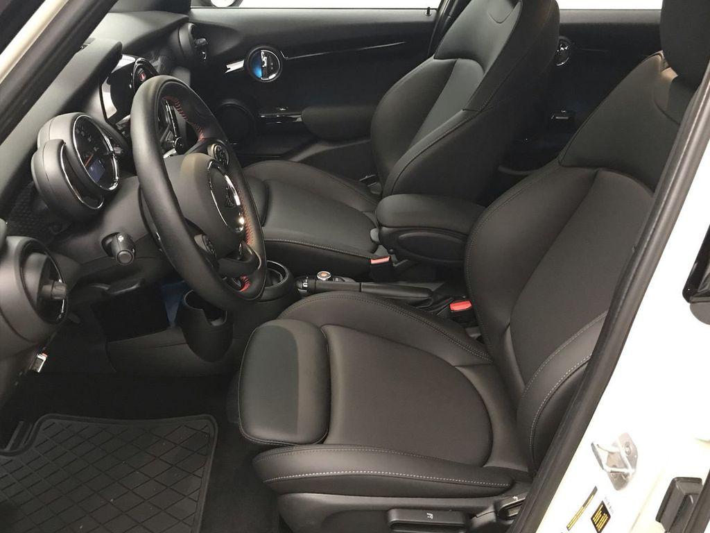2019 MINI Cooper S Hardtop 4 Door   - 18470742 - 19