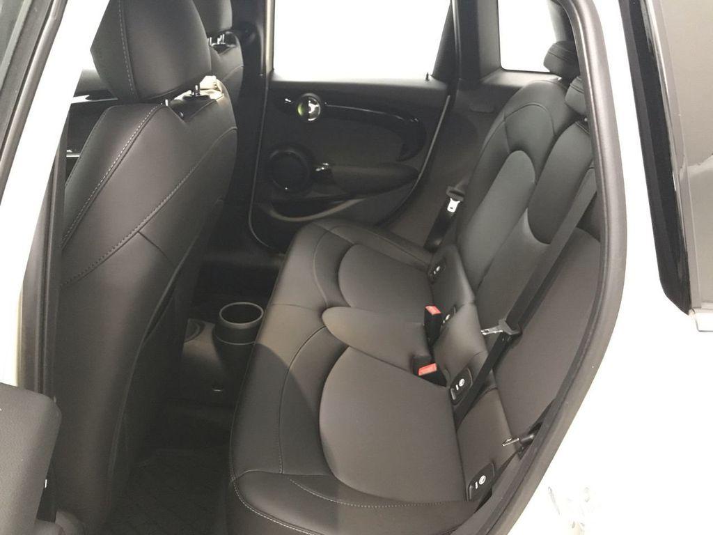 2019 MINI Cooper S Hardtop 4 Door   - 18470742 - 23