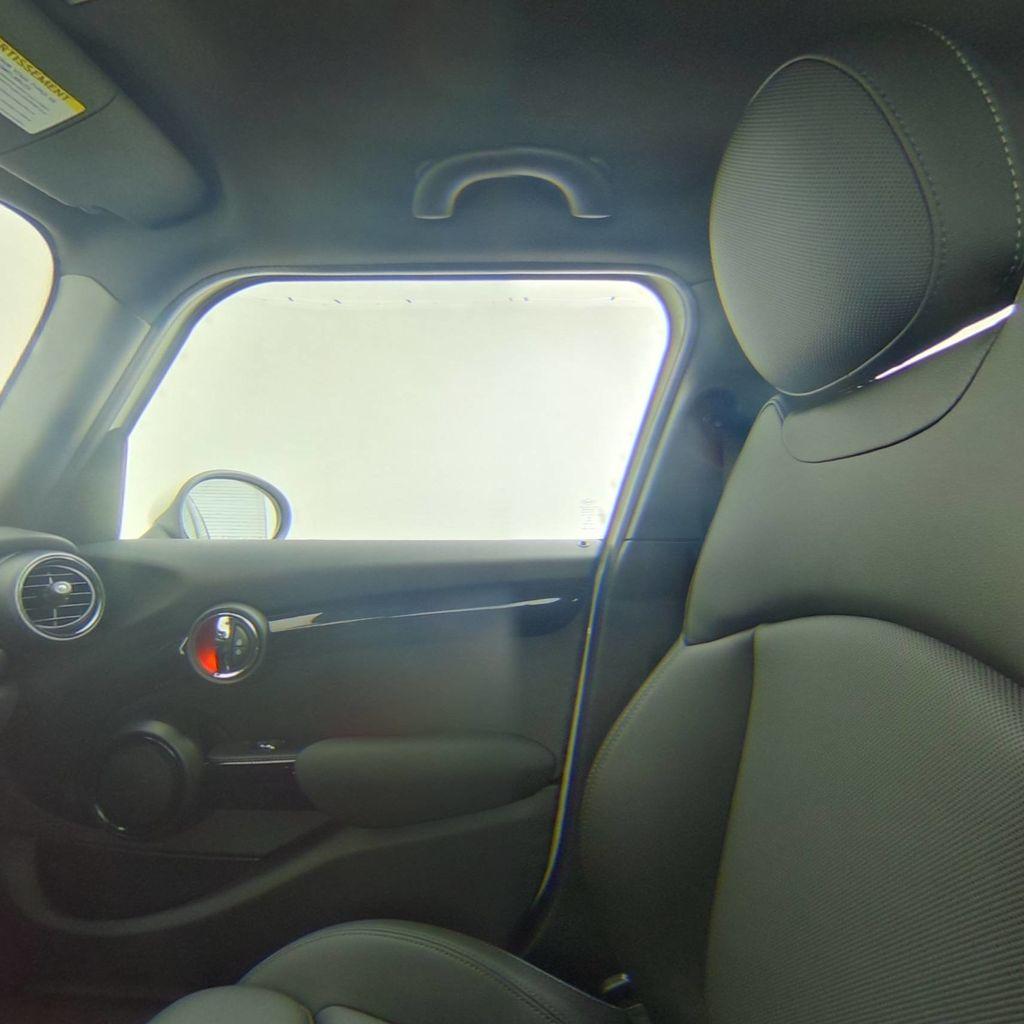 2019 MINI Cooper S Hardtop 4 Door   - 18470742 - 38