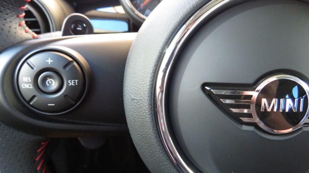 2019 MINI Cooper S Hardtop 4 Door COURTESY VEHICLE  - 18305232 - 11