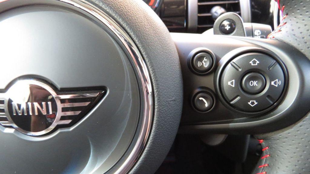 2019 MINI Cooper S Hardtop 4 Door COURTESY VEHICLE  - 18305232 - 12