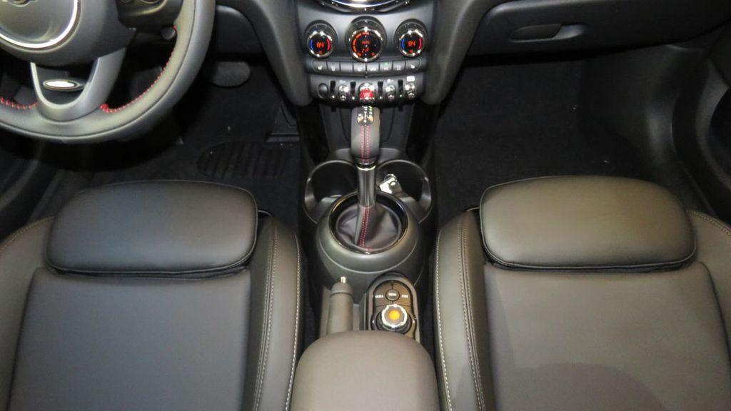 2019 MINI Cooper S Hardtop 4 Door COURTESY VEHICLE  - 18305232 - 16
