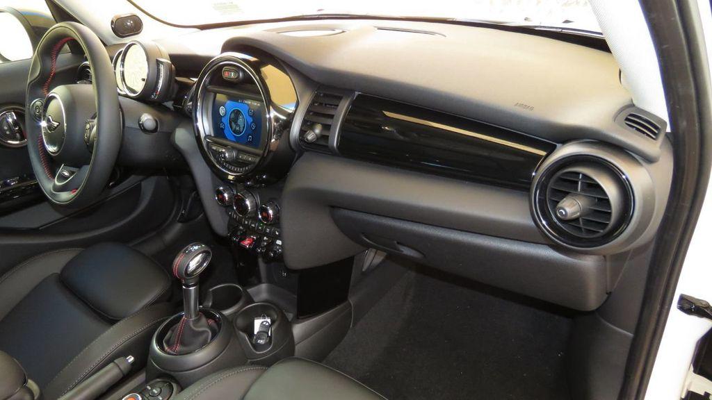 2019 MINI Cooper S Hardtop 4 Door COURTESY VEHICLE  - 18305232 - 18