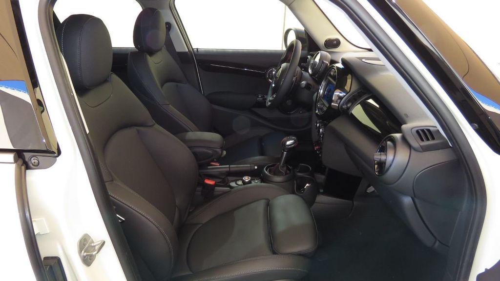 2019 MINI Cooper S Hardtop 4 Door COURTESY VEHICLE  - 18305232 - 21