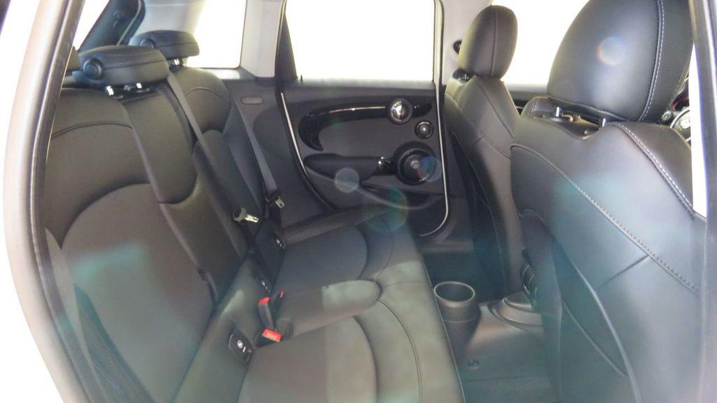 2019 MINI Cooper S Hardtop 4 Door COURTESY VEHICLE  - 18305232 - 23