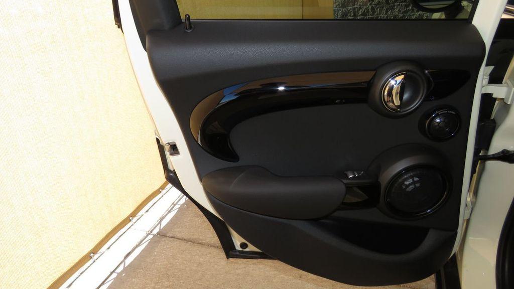 2019 MINI Cooper S Hardtop 4 Door COURTESY VEHICLE  - 18305232 - 27