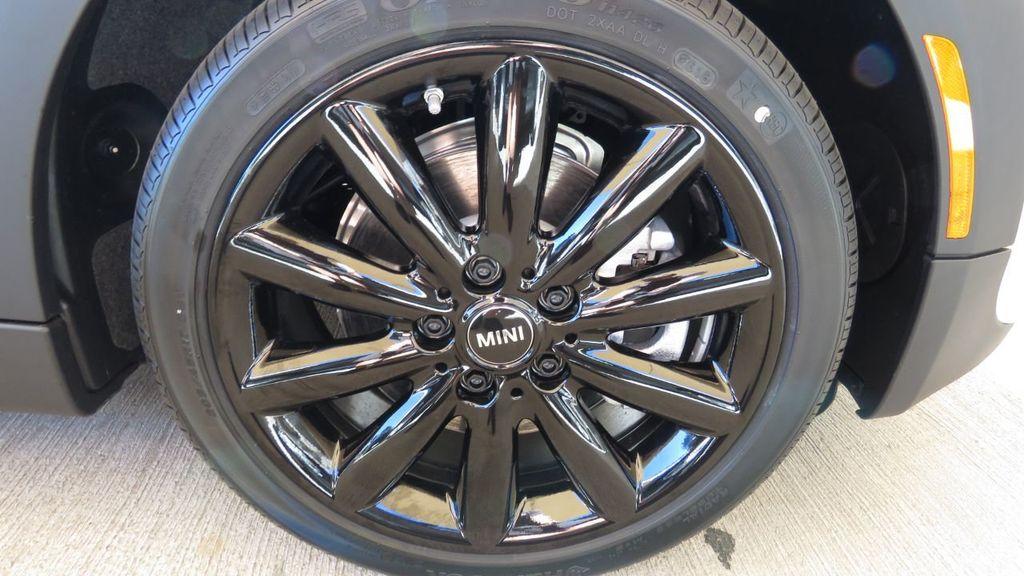2019 MINI Cooper S Hardtop 4 Door COURTESY VEHICLE  - 18305232 - 35