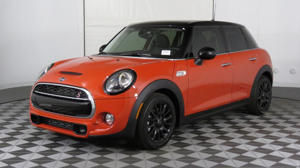 2019 MINI Cooper S Hardtop 4 Door COURTESY VEHICLE  - 18425765 - 2