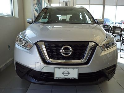 2019 Nissan Kicks SV FWD SUV - Click to see full-size photo viewer