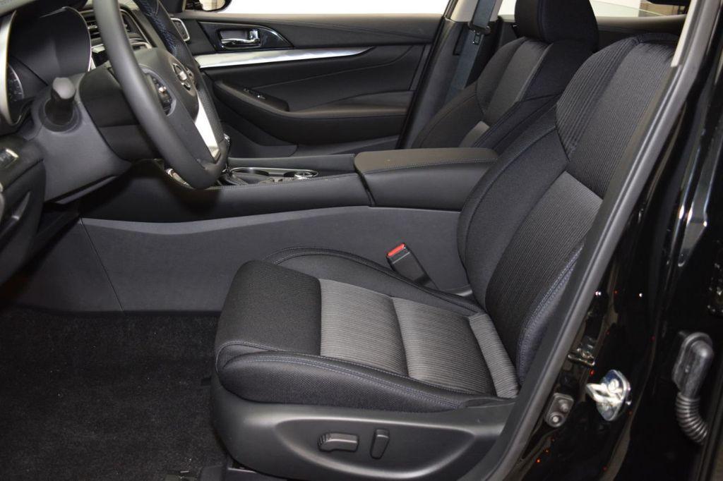 2019 Nissan Maxima 3.5S - 18476237 - 11
