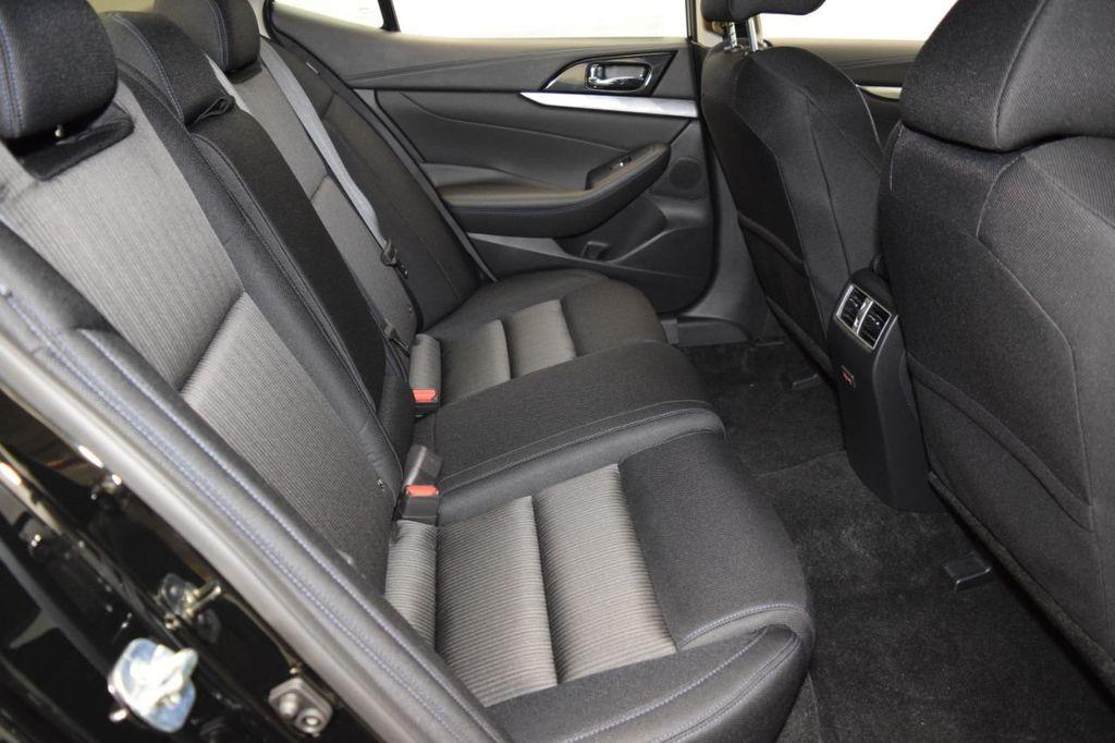 2019 Nissan Maxima 3.5S - 18476237 - 30