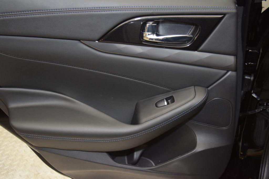 2019 Nissan Maxima 3.5S - 18476237 - 32