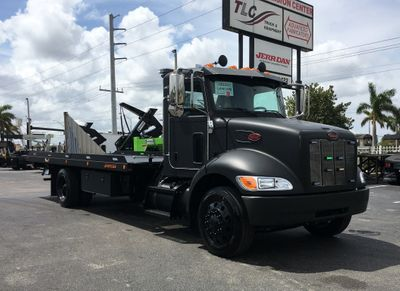 New 2019 Peterbilt 337 *BLACKOUT EDITION* 22SRR6TW-LP (LCG) ROLLBACK*SRS10*