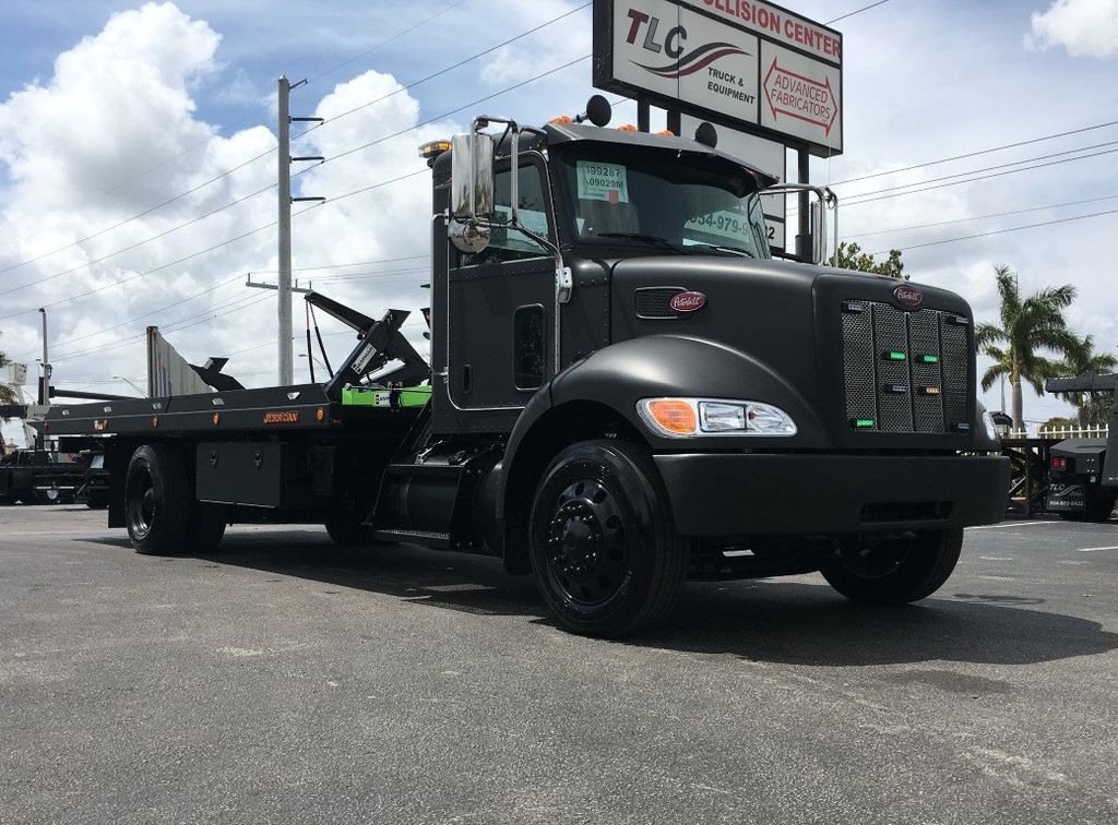 2019 Peterbilt 337 *BLACKOUT EDITION* 22SRR6TW-LP (LCG) ROLLBACK*SRS10* - 17505974 - 2