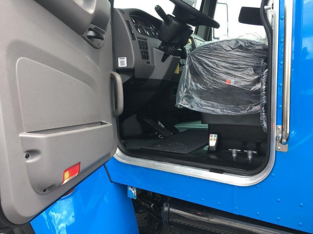 2019 Peterbilt 337 StepSide Classic 337..AIR BRAKE.AIR RIDE.22NGAF6T-LPW - 17505541 - 45
