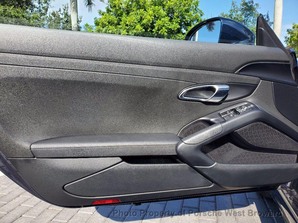 2019 Porsche 718 Cayman S - 18804271 - 16