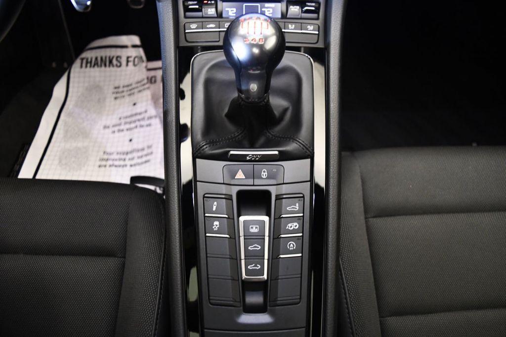 2019 Porsche 911 Carrera T - 18414583 - 21