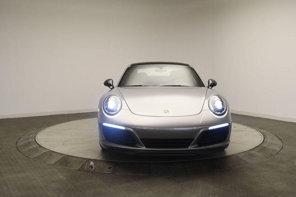 2019 Porsche 911 Carrera T - 18414583 - 5