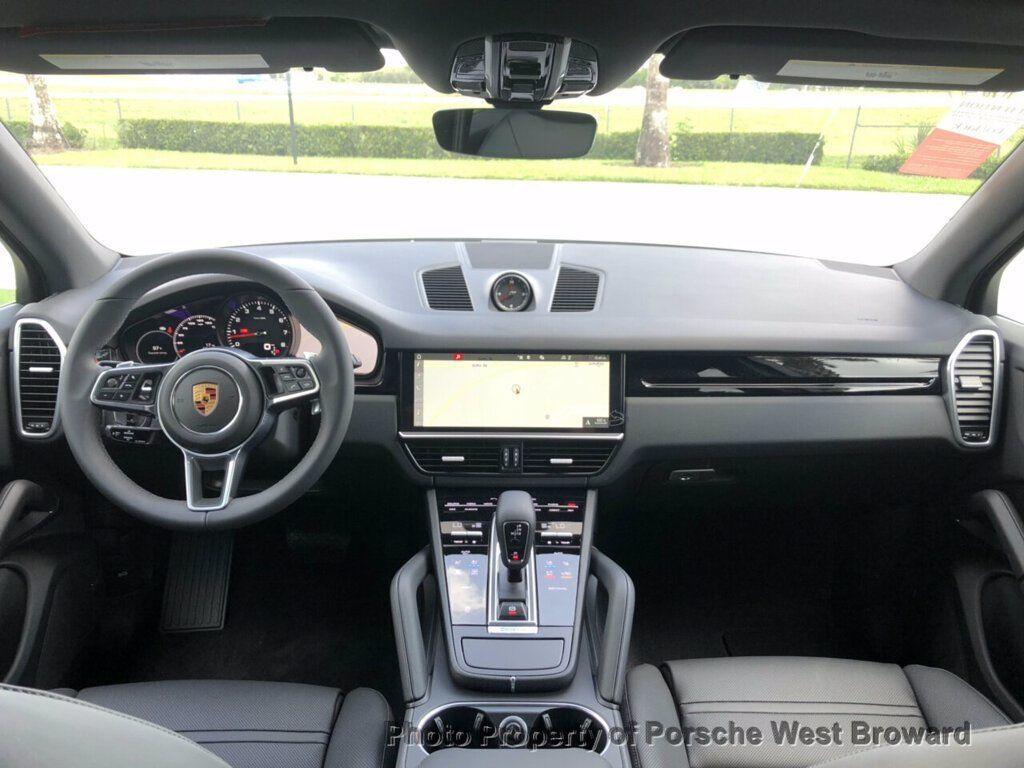 2019 Porsche Cayenne  - 19111620 - 19