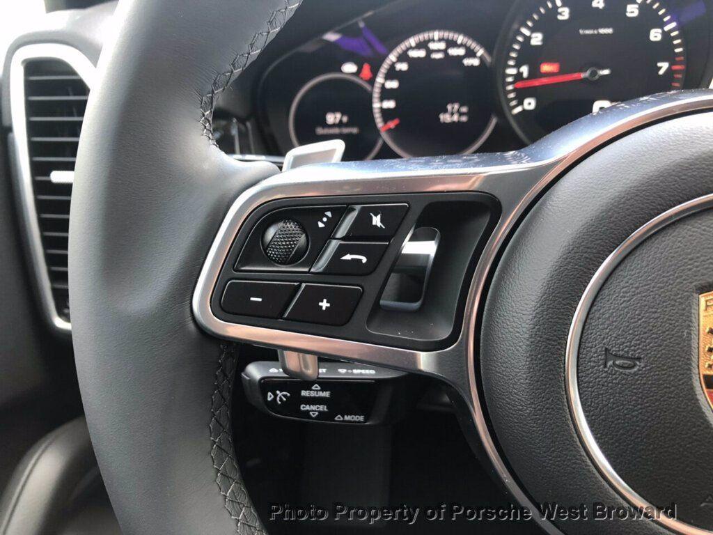 2019 Porsche Cayenne  - 19111620 - 21