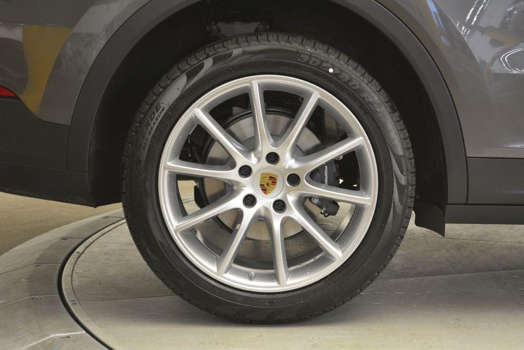 2019 Porsche Cayenne  - 18579960 - 9