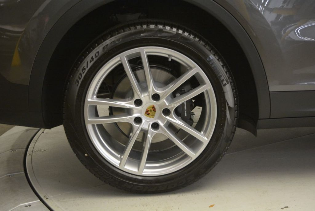 2019 Porsche Cayenne  - 18839872 - 12