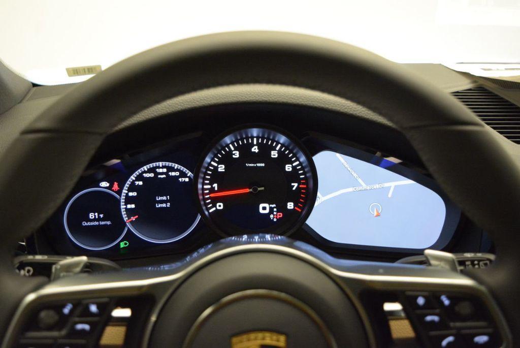 2019 Porsche Cayenne  - 18839872 - 19