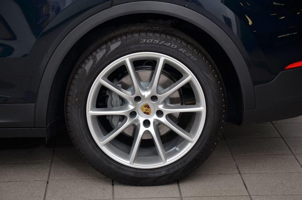 2019 Porsche Cayenne S - 18896508 - 10