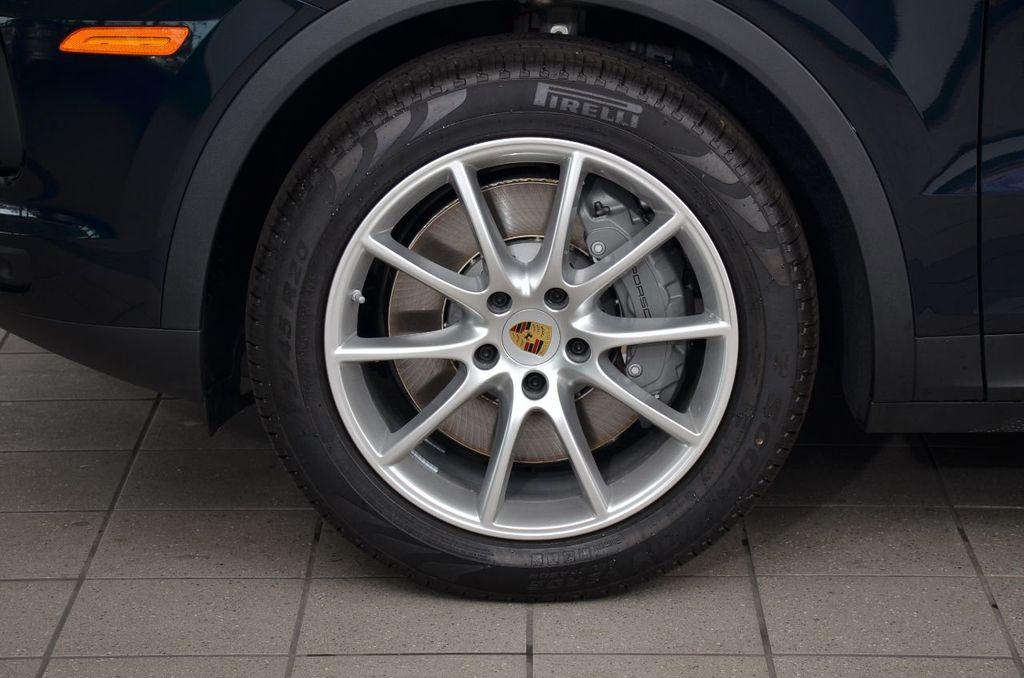2019 Porsche Cayenne S - 18896508 - 11