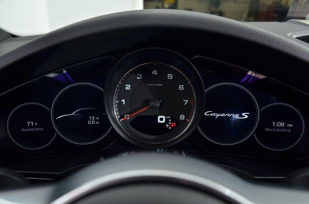 2019 Porsche Cayenne S - 18896508 - 13