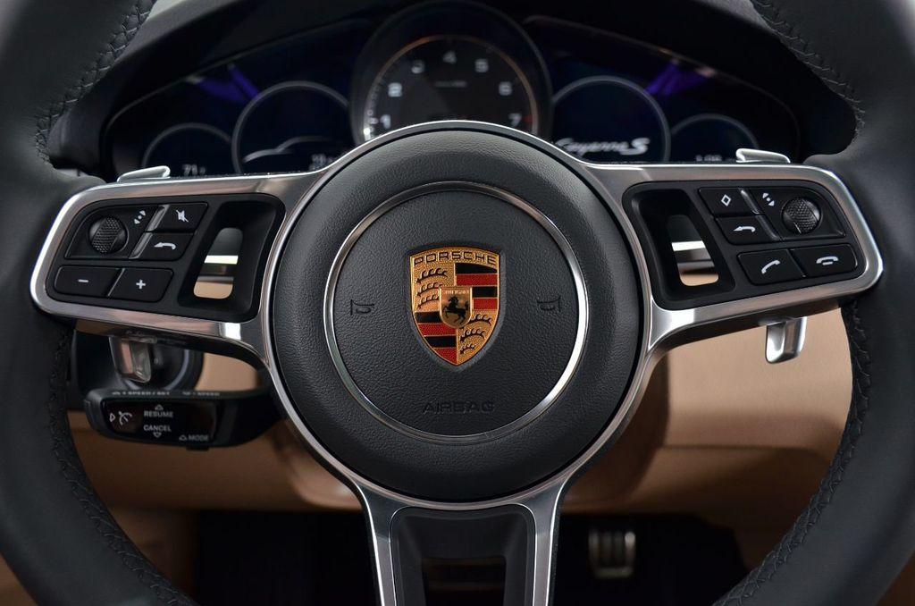 2019 Porsche Cayenne S - 18896508 - 14