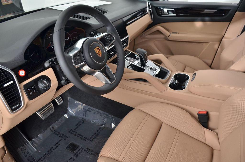 2019 Porsche Cayenne S - 18896508 - 17