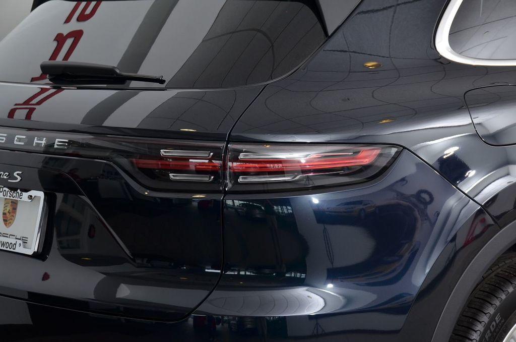 2019 Porsche Cayenne S - 18896508 - 25